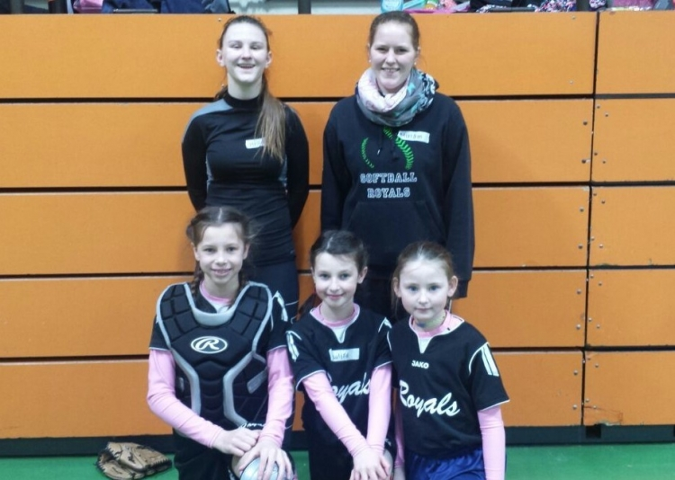 Softball Pitcher- und Catcherlehrgang in Karlsruhe